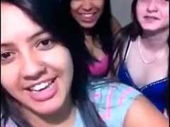 Garotas-Lesbicas-se-pegando-gostosos-com-beijos-quentes
